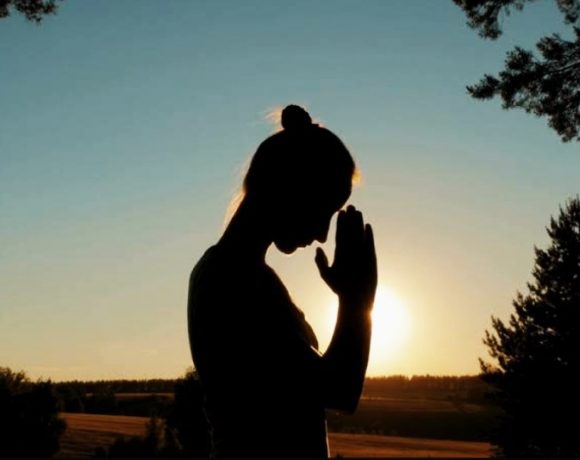 How to pray, HOW TO PRAY
